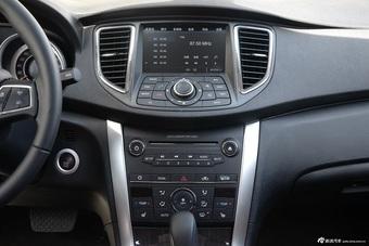车型对对碰:新款雪铁龙C5 VS 新款奔腾B90之内饰配置