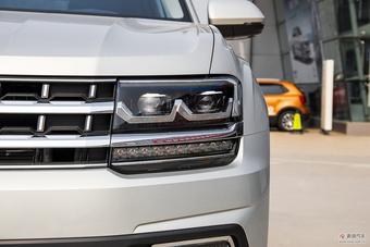 车型对对碰:2018款帕杰罗(进口) VS 2017款途昂之外部配置