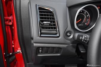 车型对对碰:新款劲炫ASX VS 新款启辰T70X之内饰配置