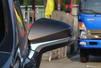 车型对对碰:2017款轩朗 VS 2017款北汽威旺M50F之外部配置