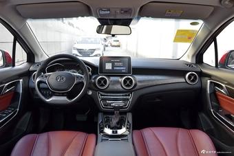 新款北汽绅宝D50对比新款锐3 哪款更舒适?