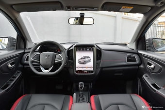 哪款配置更丰富 新款北汽绅宝X35 PK 新款纳智捷 U5 SUV