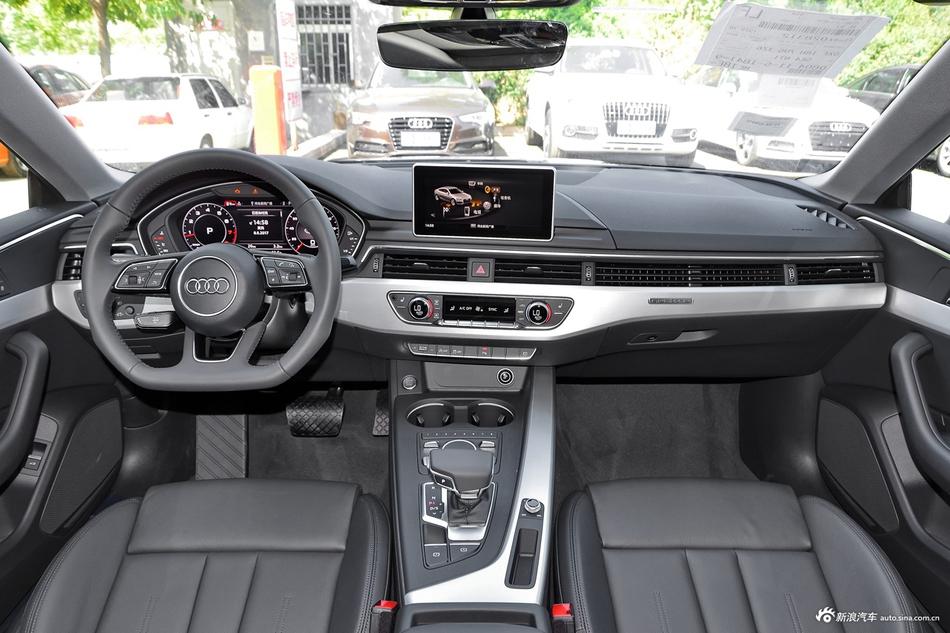 2017款奥迪A5 2.0T自动Sportback 45 TFSI quattro运动型