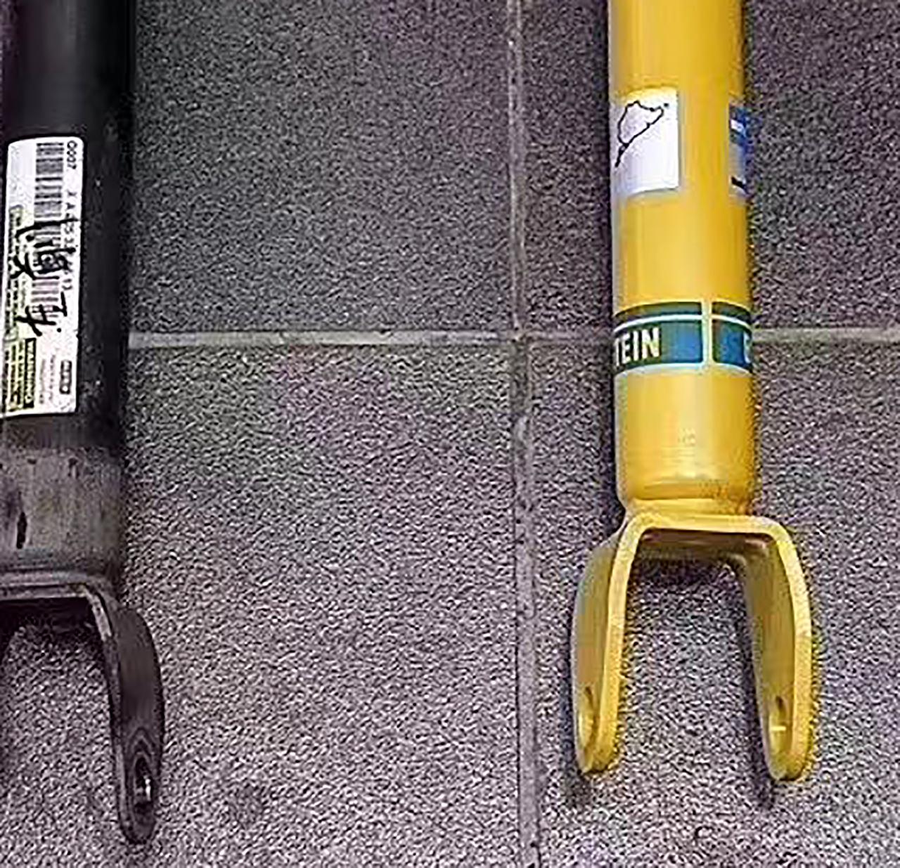 左侧为原厂减震器,右侧为倍适登B12减震器。
