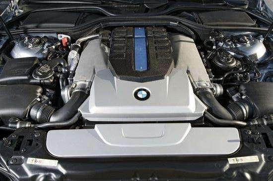 BMW Hydrogen 7 氢燃料 V12 内燃机
