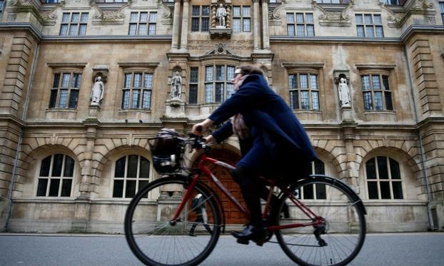 英国牛津从2020年起逐步禁售燃油车