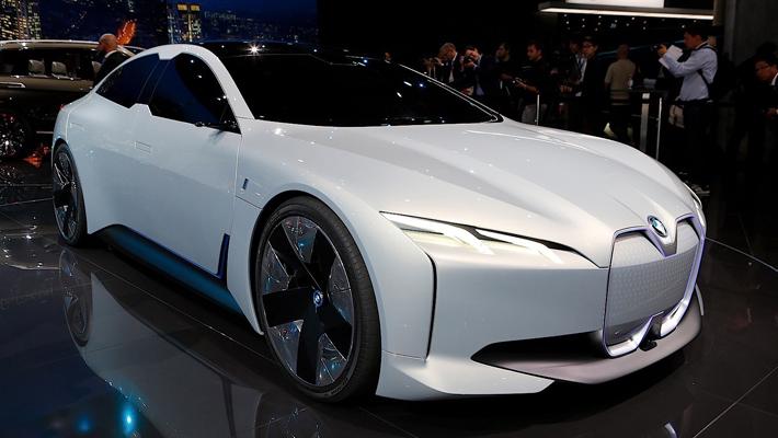 BMW新能源产品规划:全新i4后年量产