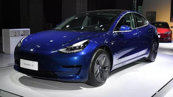 30多万买国产Model3还是3系,养车费用差多少?