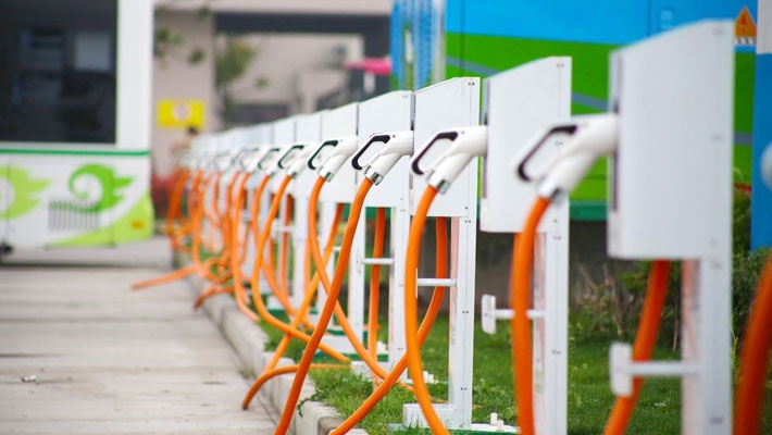或等9年 北京超45万人申请新能源车指标