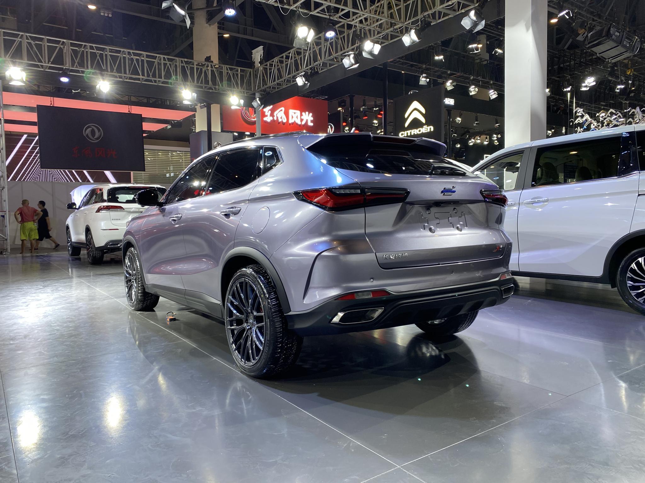 2020成都车展:长安全新欧尚X5亮相