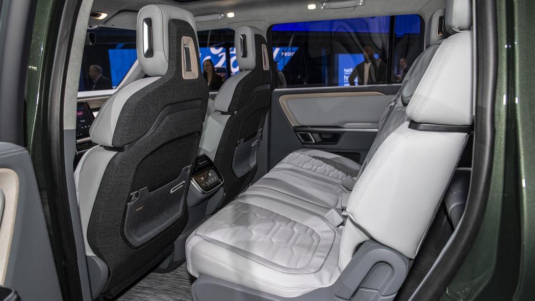 Rivian电动中大型SUV R1S