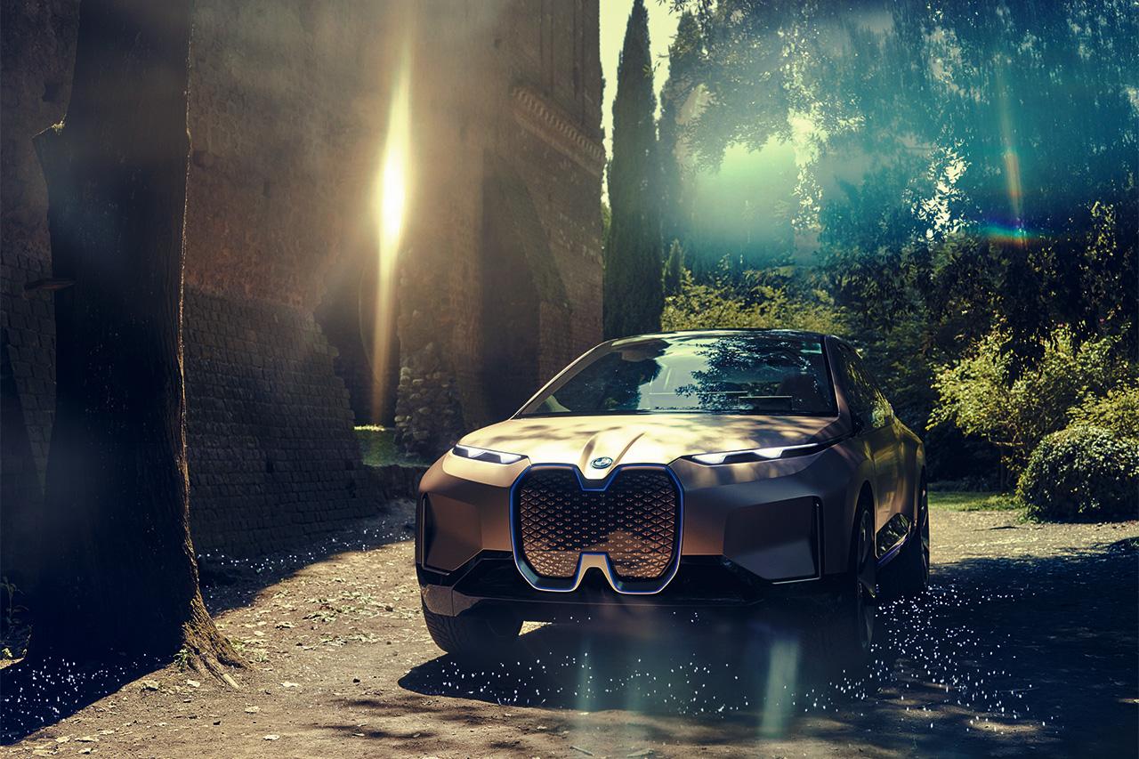 次时代的交通方式 BMW Vision iNEXT宝马的科技旗舰