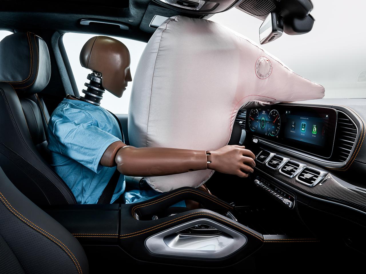 汽车变身电子警察?解读奔驰ESF2019黑科技