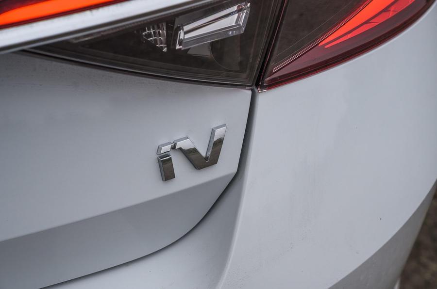 斯柯达速派iV插电混动版海外价格公布 约28.8万起