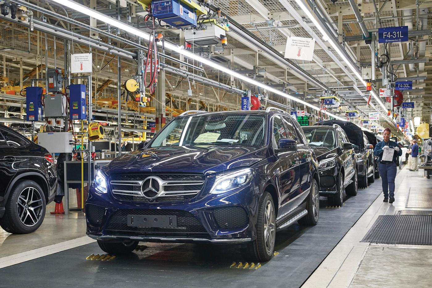 奔驰因零部件短缺 暂停美国Alabama工厂SUV生产