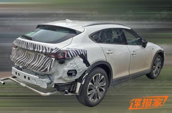 新魂动设计语言 新款马自达CX-4谍照曝光