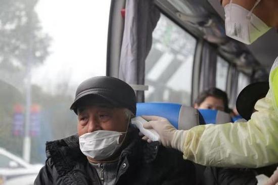 1月27日起所有进出浙江的省际道路客运全部暂停