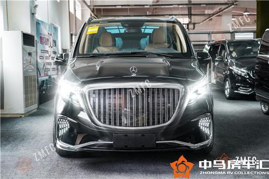 2021款奔驰V级商务车巴赫版中马房车