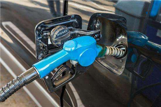 美国冻结当前燃油标准利好中国企业