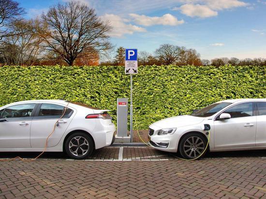 广汇汽车与国网电动汽车成立合资公司 布局新能源后市场