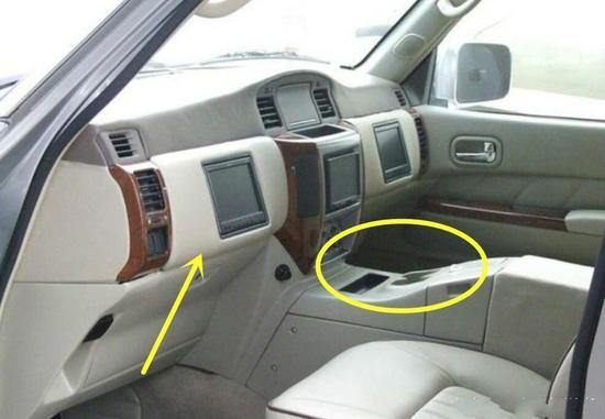 交警看到一辆SUV无人驾驶 上前查看后傻眼