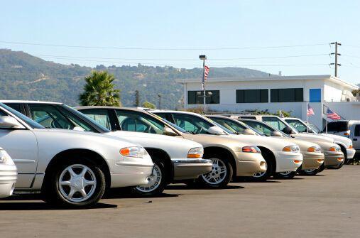 美媒称,海外汽车厂商要留意了,中国准备向全球输出大量汽车。