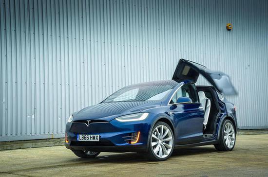特斯拉Model X安全气囊故障 软件更新代替召回