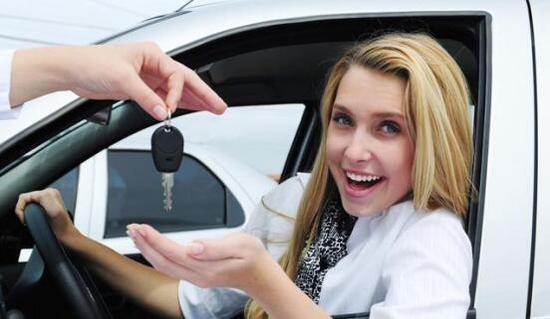 """""""贷款买车""""与""""全款买车"""" 差别竟然这么大!"""