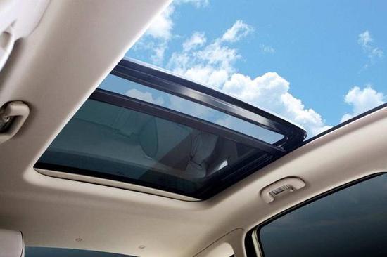 天窗不会用或乱用,真不如不买带天窗的车