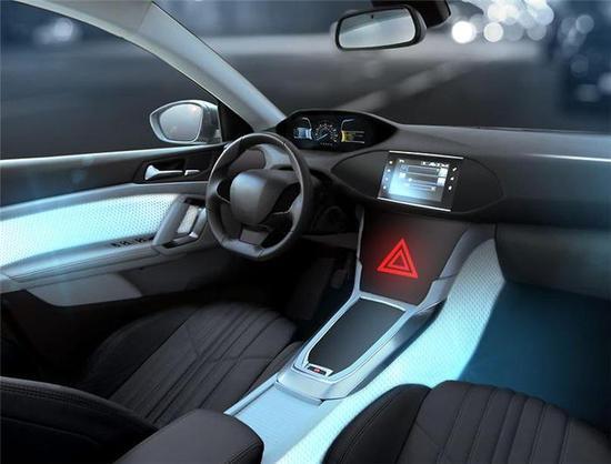 遇到危险车内会变色!大陆推出饰面光效整合技术