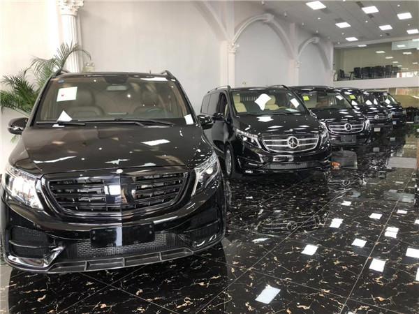2019款奔驰V250 2.0T汽油7座商务