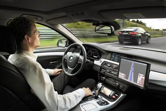 传德国汽车制造商和供应商将联手建自动驾驶联盟