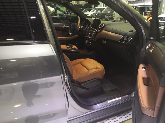 2019款奔驰GLS450忠厚传统实拍感受