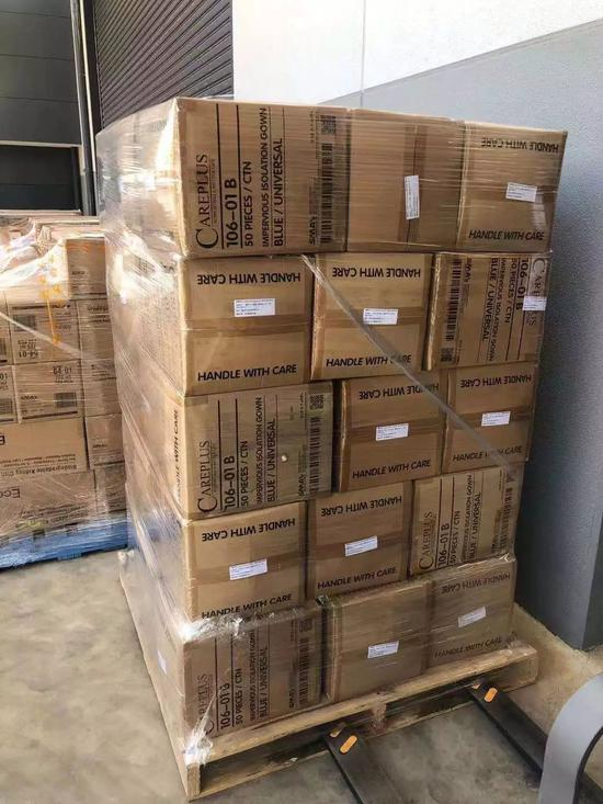 上汽人爱心接力跑 全球扫货2.38吨口罩直送武汉医院