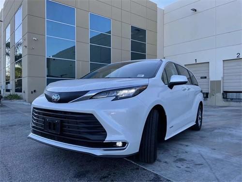 2021款丰田塞纳商务现车出售 港口价格