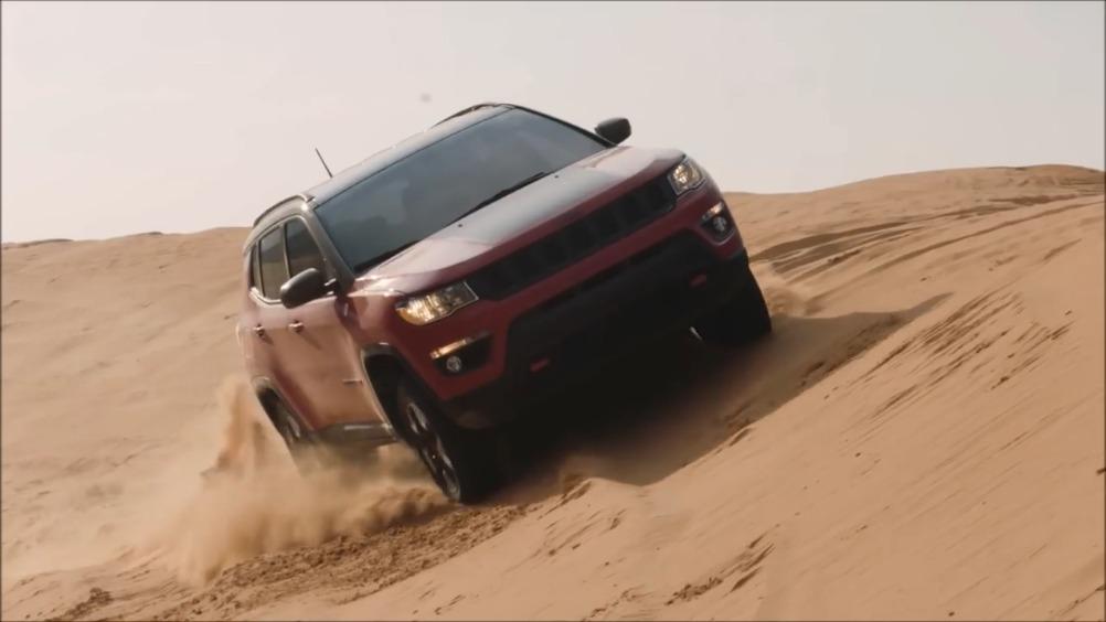视频:全新Jeep指南者Trailhawk高性能越野车越野测试