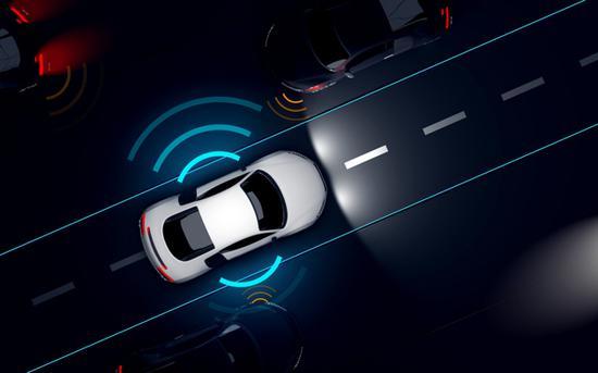 全球首发!武汉发出首张自动驾驶商用牌照 但无人驾驶的春天仍很遥远