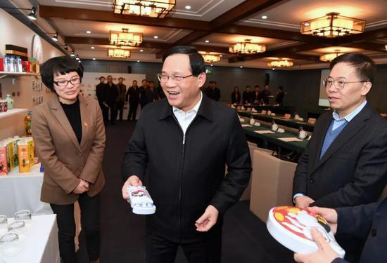 上海市委书记李强调研上汽集团