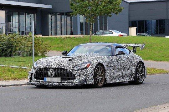 全新奔驰AMG GT谍照图曝光 搭4.0T V8引擎