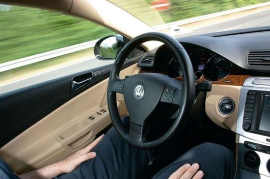 自动驾驶陷入泡沫化低谷期 数百亿美元投资将打水漂