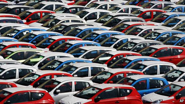 """外媒:车企的""""辉煌时代""""已结束 2019年全球汽车销量将下滑"""