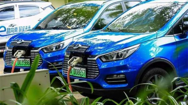 上牌量嗖嗖涨 三四级市场与新能源汽车更配?