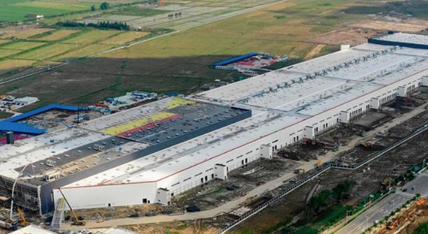特斯拉公司董事会主席:上海超级工厂已进入试点生产