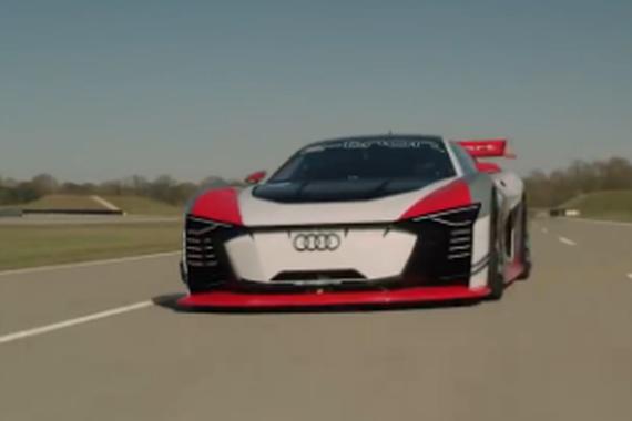 视频:2019奥迪 Vision GT赛道实拍