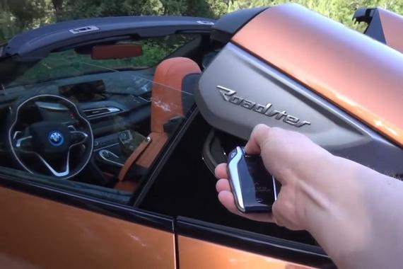 视频:2018款宝马i8敞篷版霸气亮相