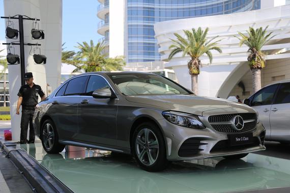 奔驰新C级正式上市 售价31.58-48.68万元