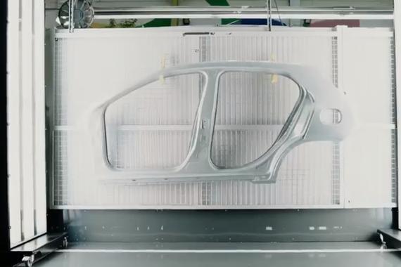 奔驰官方宣传片:最有仪式感的造车厂