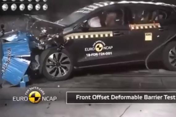 表现良好!2019福特Focusa碰撞测试