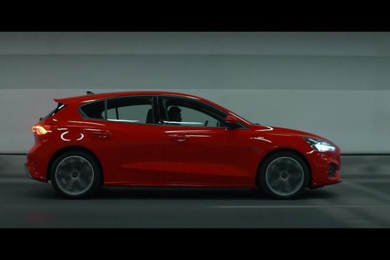 视频:新一代福特福克斯官方宣传片