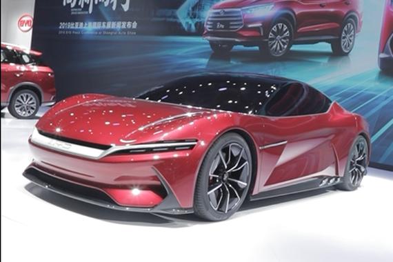 2019上海车展:比亚迪汉 百公里加速2.9秒